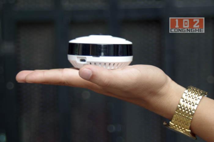 Camera IP Wifi V380 VR thiết kế nhỏ gọn trong lòng bàn tay