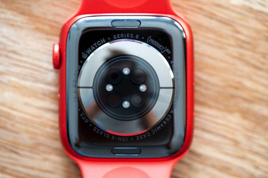 Cái nhìn sâu hơn về Apple Watch Series 6